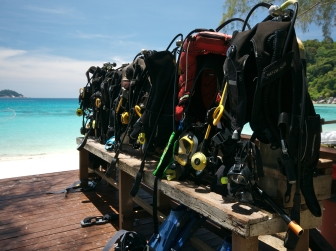Perhentian-Island-Resort-Diving-Equipment